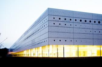 Funktionsglas-Fassade für Deutsches Zentrum für Luft- und Raumfahrt