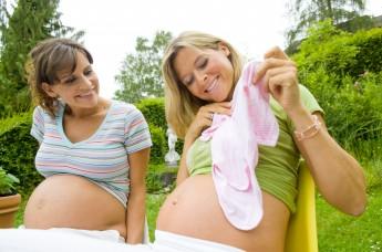 Monats-Mamis – der Geburtsmonat vereint - Der Pressedienst - Medienservice für Journalisten
