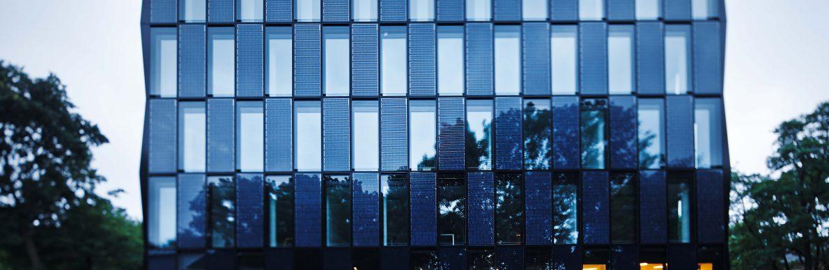 Mönchengladbach: Energieeffizienz in Blau - Der Pressedienst - Medienservice für Journalisten