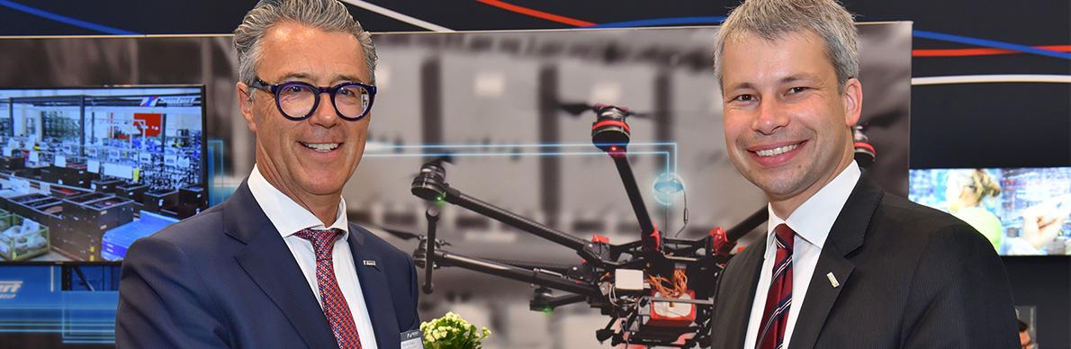 Steffen Bilger informiert sich über Digitalisierung - Der Pressedienst - Medienservice für Journalisten